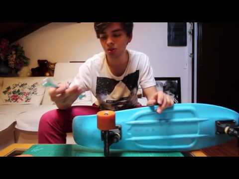 How to Properly Clean a Penny Board