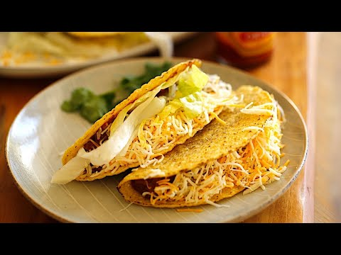 Beth's Easy Slow Cooker Beef Taco Recipe | ENTERTAINING WITH BETH