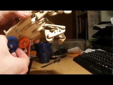 Automaton Hand Mechanism Concept