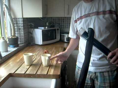 Hot solar tea with the solar kettle