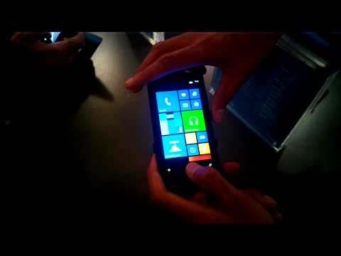How to take a screen-shot on your Nokia Lumia 920