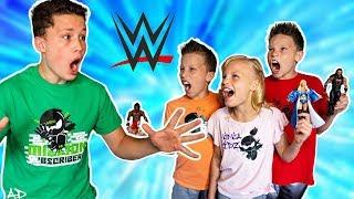 WWE Ninja Kidz TOYS Challenge!