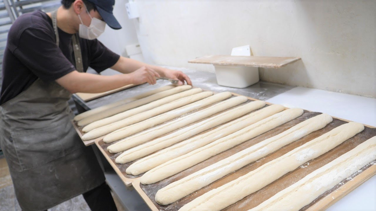 Amazing Skill of Korean Baguette Master, How To Make Baguette Bread - Korean Food
