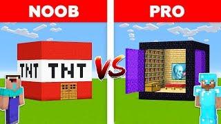 Minecraft NOOB vs PRO: PORTAL HOUSE vs TNT HOUSE in Minecraft!