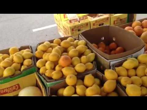 Unbelievably cheap fruit on sale on Japan