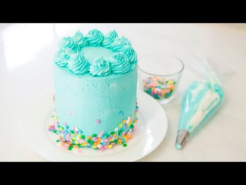FUNFETTI MINI CAKE