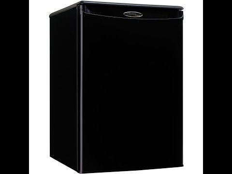 Danby Designer DAR026A1BDD Compact All Refrigerator, 2.6-Cubic Feet, Black Review