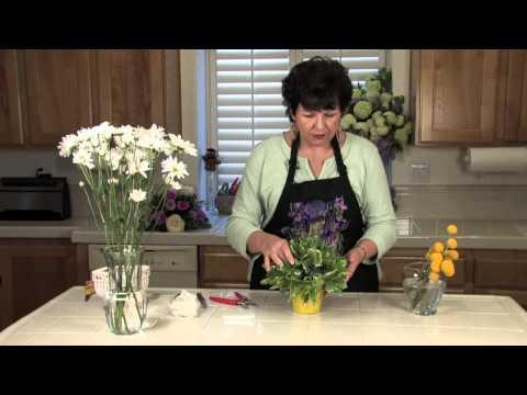 Simple Banquet Centerpiece Ideas With Flowers ... : Floral Arrangements for Weddings & Centerpieces