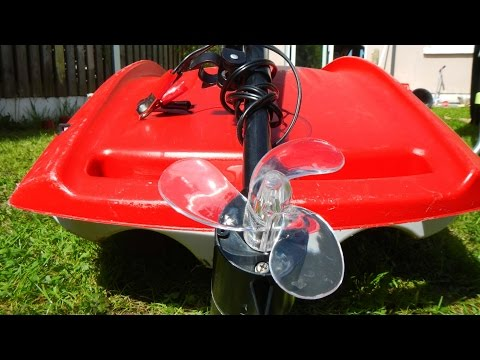 Electric motorized kayak, motorised kayak