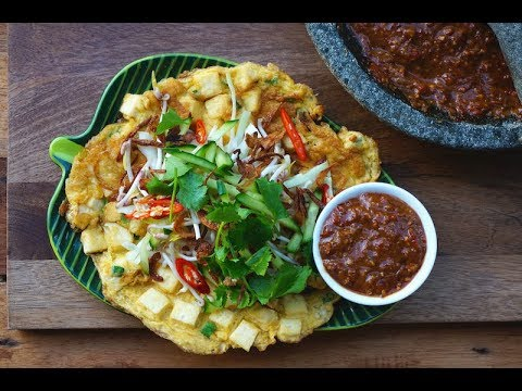 Tauhu Telur-Fluffy Eggs With Tofu (Indonesian-Style Tofu Omelette)