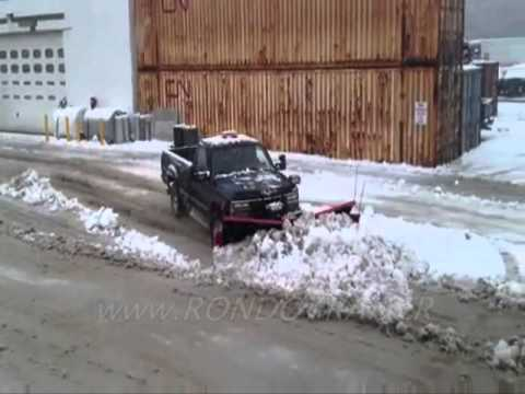 HINIKER V & VF SNOW PLOWS IN OPERATION MOVING A LOT OF SNOW...FAST