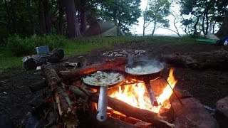 Wild camping in the woods bushcraft campfire cooking chilli con carne camping cooking