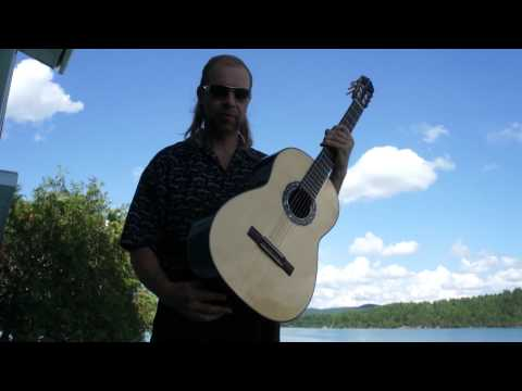 How to play classical guitar in relaxing,  standing position