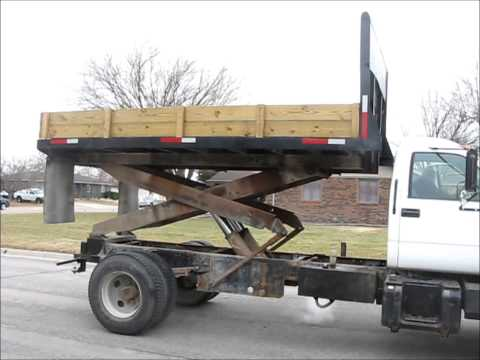1998 GMC C6500 dump/scissor lift body truck for sale | sold at auction February 20, 2013