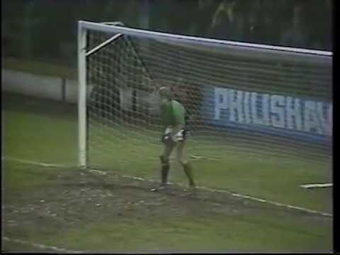 Cardiff City v Bristol Rovers, Ninian Park, Jan 1983