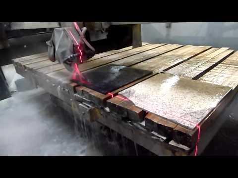 Diamond saw blade cutting quartz