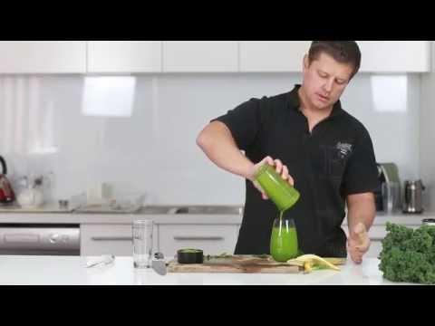 Green Smoothie - Kale, Spinach, Kiwi & Banana (Recipe)