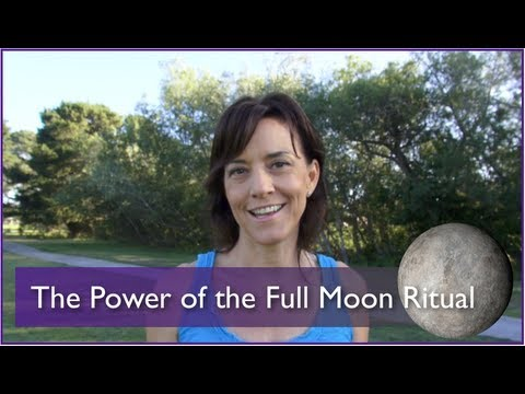 How to Do a Miraculous Full Moon Ritual -- Super Moon and More