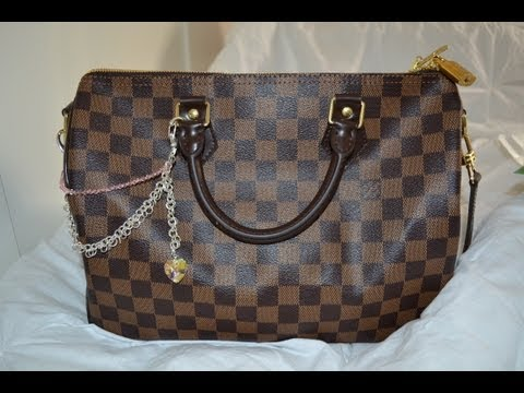 Tag: What's in my purse (LV speedy 30 bandouliere)
