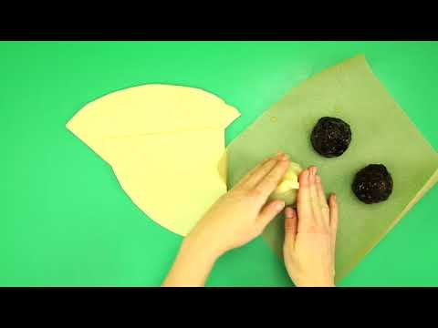 How to make Fruit Cake Santa Hats