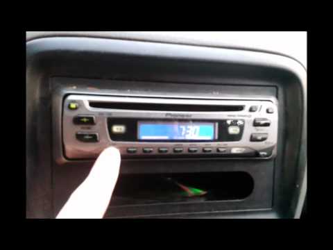 Set clock on the Pioneer DEH 1700