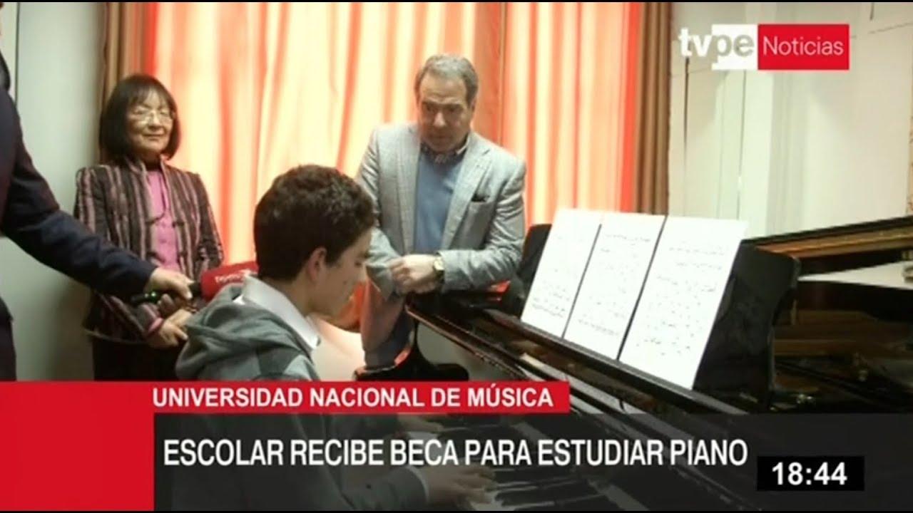 Niño pianista recibe beca para estudiar en la Universidad Nacional de Música