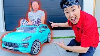 Shrinking Lizzy Sharer's Car!