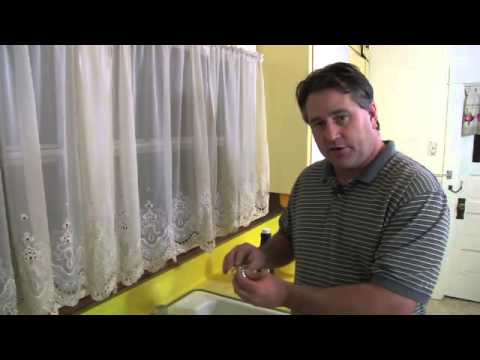 How to Restore the Pressure to My Supply Valve in My Kitchen Sink
