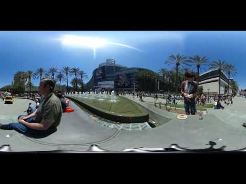 Entrance to VidCon in 360