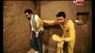#x202b;رامز عنخ آمون - رعب وصراخ الفنان محمد رجب في المقبرة#x202c;lrm;