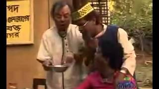 Chittagong Regional Folk Song - Gacha Boidder Gaan -