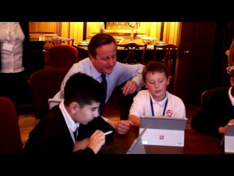 Eastlea School complete the Hour of Code at Number 10 with David Cameron