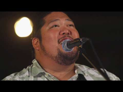 Mark Yamanaka - Maui Under Moonlight (HiSessions.com Acoustic Live!)