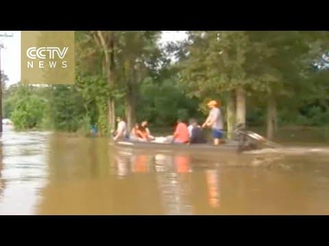 US President Obama declares emergency for flooded Louisiana