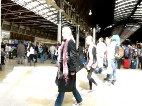 A Walk Round Paddington Station, London