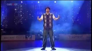 نسخة عن رقص تكسير أتحدى إنك هتنزلة من اليوتيوب