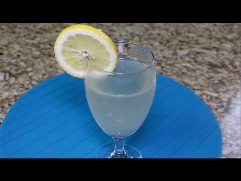 Lemonade -  The Best Lemonade Recipe Ever