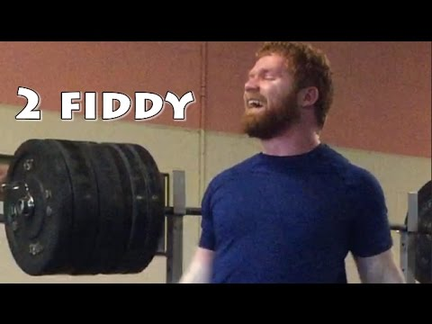 Eoin Squats 250kg/550lbs for 5 reps!!!