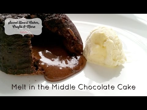 Melt in the Middle Chocolate Cake  //  Chocolate Lava Cake  //  Chocolate Fondants Recipe Tutorial