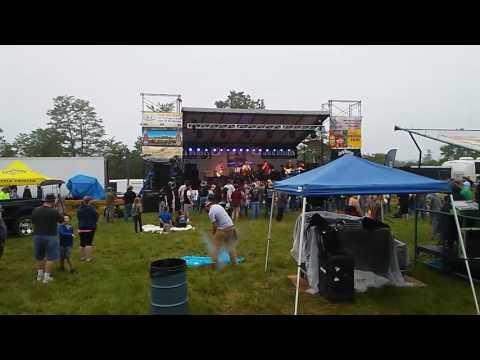In Nashville Drive live concert
