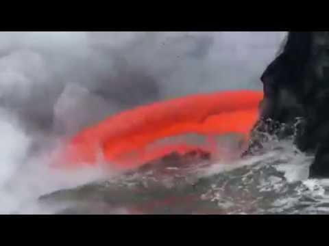 Volcanic erruption in ocean vedio recorded must watch 2017