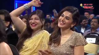 Sunil Grover Comedy Scenes - Royal Stag Mirchi Awards