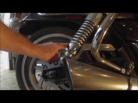 Cruiser Motorcycle Rear Suspension Adjustment - Triumph Thunderbird