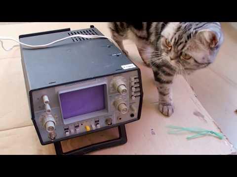 How does an analog oscilloscope work