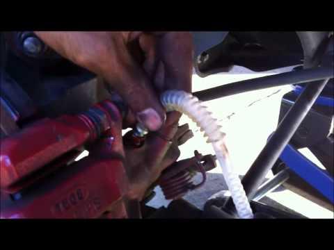how to change BRAKE FLUID on  2007 HONDA ACCORD V6