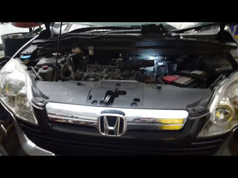 Honda CR-V 2008 Diesel i-CTDi fuel filter removal/ replacement. How to do it amd how to bleed it.
