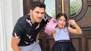 I TOOK MY DADS CREDIT CARD TO BUY THE NEW SAMSUNG GALAXY NOTE9 PRANK ON DAD  | Familia Diamond