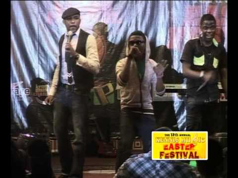 BANKY W INTRODUCES WIZ KID AND SKALES @THE 12th ANNUAL KENNIS MUSIC FESTIVAL