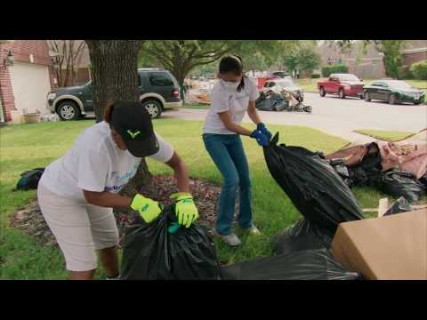 ☀️Constellation Volunteers Aid Hurricane Harvey Recovery Effort