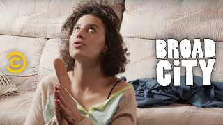Hack Into Broad City - Breakfast of Champions